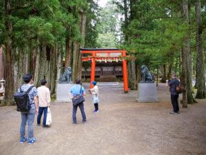 壇上伽藍の中にある神社・山王院